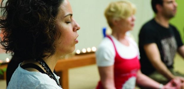 Пение мантр кундалини-йоги