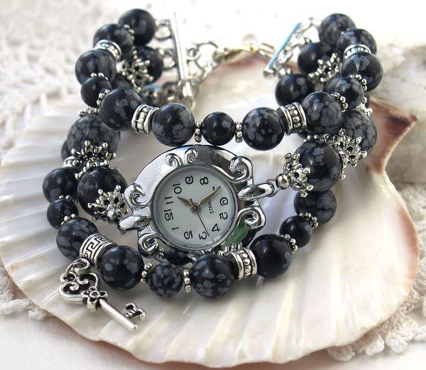 Часы-браслет из снежного обсидиана