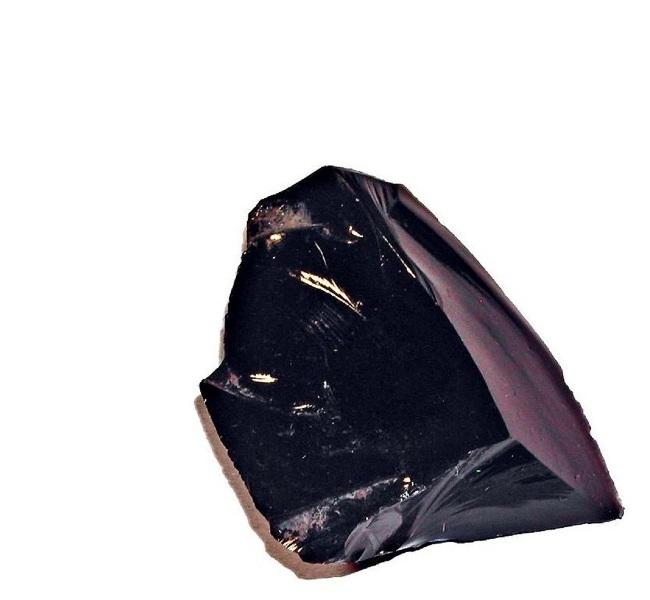 Какими свойствами обладает камень обсидиан?