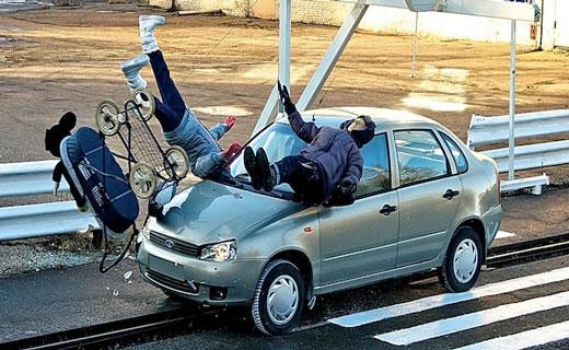 снится сбила машина