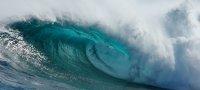 К чему снятся волны на море, цунами: толкование ночного сюжета
